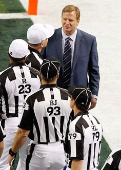 The #NFL reached an agreement with the NFL Referees Association to end the referee lockout.