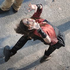 """""""Hi I'm Scarlet Witch, just casually looking phenomenal and saving Hawkeye's life by holding up this forcefield."""" 