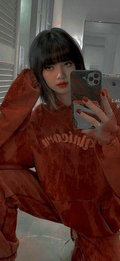 Black Pink Songs, Black Pink Kpop, Lisa Blackpink Wallpaper, Rose Wallpaper, Korean Girl Fashion, Blackpink Fashion, Blackpink Debut, Blackpink Poster, Best Friend Pictures