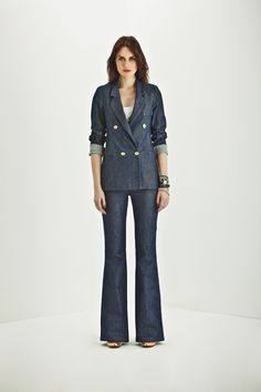 Betsy Bayan Denim Ceket - Q1 Bayan / Q1 Bayan Atlet - Beyaz / Mandy 4D Bayan Denim Pantolon /  http://www.leecooper-turkey.com
