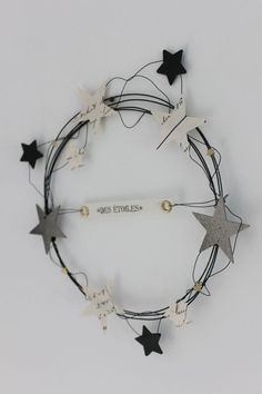 Star wire wreath
