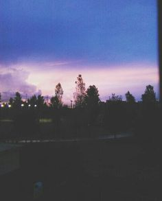 The magic of the sky 🌃☁ #sky #purple #magical #wonderful #sunset #autumn #skyline #colours