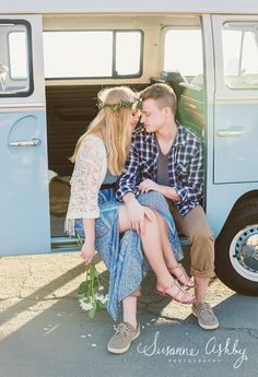 VW bus boho beach engagement shoot | Carmel Valley wedding photographer