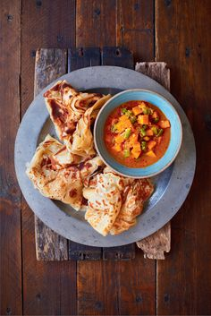 Malaysian Flatbread (Roti Canai) – The Happy Foodie Read Recipe by mytandemroad Indian Food Recipes, Asian Recipes, Vegetarian Recipes, Cooking Recipes, Ethnic Recipes, Indonesian Recipes, Asian Desserts, Asian Foods, Malaysian Cuisine