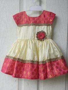Onam special#kids frock Baby Girl Frocks, Frocks For Girls, Little Girl Dresses, Girls Dresses, Kids Dress Wear, Kids Gown, Baby Dress, Baby Frocks Designs, Kids Frocks Design