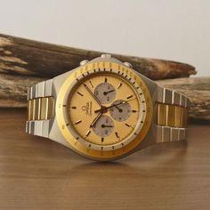 "1982 OMEGA Speedmaster Mark V ""Teutonic"" Watch Ref. 1450040 3450803 Cal. 861"
