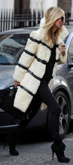 Kate Moss - buckled skin coat