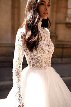 Amazing Wedding Dress Trends & Ideas To Inspire #wedding #dress #fashion