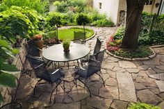 landscape for small yards images - Flagstone