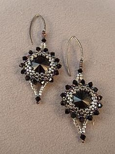 A free beading pattern for the Glamour and Goth Earrings, made with Swarovski crystal Rivolis.