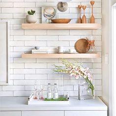 via design maze ~ #decor #interiors #shelves #decoração #prateleiras