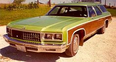 Wide Lawns and Narrow Minds: 70s Mom Goes on a Roadtrip...