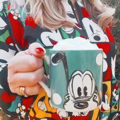 Beautiful Things, Snoopy, Mugs, Coffee, Tableware, Disney, Fictional Characters, Art, Kaffee