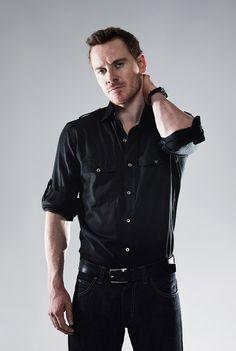 Just look at him... *faint*