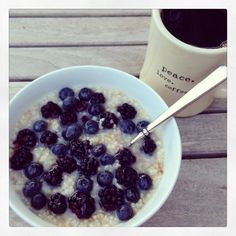 easy overnight steel cut oats with blueberries and honey.