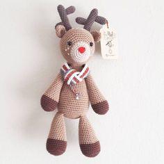 Örgü Bebek Yelek Robası Modelleri ve Yapılışları Deer, Teddy Bear, Sewing, Toys, Craft Ideas, Animals, Wool Hats, Caps Hats, Baby Vest