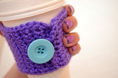http://www.oneartsymama.com/2013/04/crochet-coffee-cozy.html