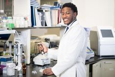 Social Science, Science And Technology, Research Assistant, Dna Genealogy, Howard University, Phd Student, National Institutes Of Health, News Health, Environmental Science