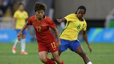 Brasil sobra em campo e estreia com vitória no futebol feminino na Rio-2016 65f7a2b196488