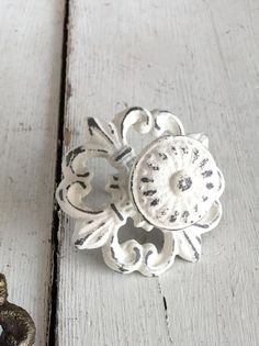 31 best shabby chic drawer knobs images cabinet knobs cupboard rh pinterest com