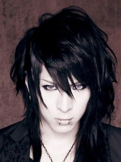 Hiro. NOCTURNAL BLOODLUST. ( I simply had to put this pic on my alternative guys board too) Visual Kei