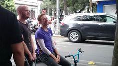 Con más de 180 mil boletos vendidos para sus tres presentaciones en el Foro Sol, Coldplay pretende aprovechar al máximo su estancia en la Ciudad de México para filmar algunas secuencias de su próximo video.