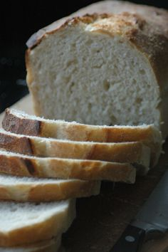 Basisrecept brood bakken Pastry Recipes, Bread Recipes, Piece Of Bread, Bread And Pastries, Daily Bread, Bread Baking, Cooking Time, Delish, Bakery
