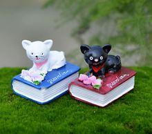 2 pcs gato dos desenhos animados liying livros fada do jardim miniatures terrário figurinhas ferramentas bonsai enfeites de jardim micro paisagem(China (Mainland))