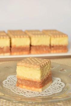 Citromhab: Almás krémes Hungarian Desserts, Hungarian Recipes, No Bake Desserts, No Cook Meals, Sweet Recipes, Cookie Recipes, Sweet Treats, Bakery, Food And Drink