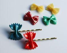Trendy! Haarspeld van vlinderpasta | Piece of Make vlinder schuifspeldjes, gemaakt van nagellak en pasta
