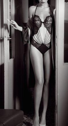 Christies - lingerie - intimo - completino -moda - underwear - body -  guepiere - sexy - reggicalze - stringivita negozio intimo Milano Gaya  Boutique ... b7ac1fc7ab46