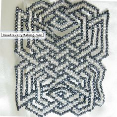 Beaded Celtic knot black and white