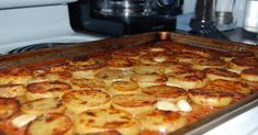 Melting Potatoes- a new way to bake potatoes Side Recipes, Vegan Recipes, Cooking Recipes, Cooks Country Recipes, A Food, Food And Drink, Facebook Recipe, Christmas Cooking, Christmas Eve