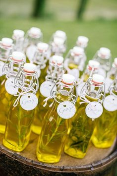 herb infused oil favours for a wedding in tuscany
