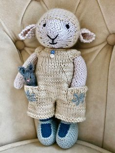 Little Cotton Rabbits Toys Patterns little cotton rabbits Knitted Stuffed Animals, Knitted Bunnies, Knitted Animals, Knitted Dolls, Knitting Patterns Free, Baby Knitting, Crochet Patterns, Knitting Toys, Knit Or Crochet