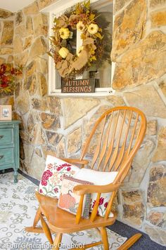 Mini fall decorating makeover - entry