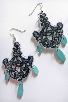 DIY Carved Filigree Earrings >> by The Gilded Hare >> I NEED to get myself some Shrinky Dink! So many awesome projects you can do!