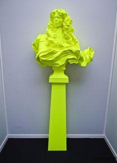 Inspiration: Kimiko Yoshida, Self-portrait (Louis XIV in Kimiko) - Neon Mellow Yellow, Neon Yellow, Yellow Art, Contemporary Sculpture, Contemporary Art, Pop Art, Deco Restaurant, Trends Magazine, Jolie Photo