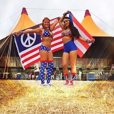 A beautiful world we live in! Ladies, I know you're ecstatic about outfits this season! #WCW #festivalgear #tomorrowworld