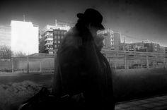 RAMÓN GRAU. Director of Photography: FujiX100 . Luces y sombras . Por el camino . Enero de este año .