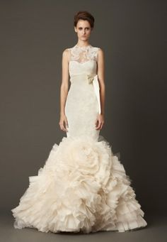 cf46ee202f775 Vera Wangのウェディングドレス、ブライダルガウン 花嫁向けのレース