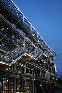 Centre Georges Pompidou - Beaubourg, another of my favourite in Paris! France Europe, Paris France, Monuments, Georges Pompidou Centre, Paris 3, Paris Architecture, Renzo Piano, Travel Companies, Future City