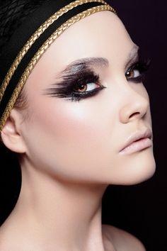 powerful all black eye makeup