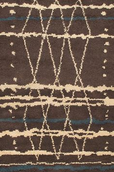 SKU :  TR-008Material : WoolDimension :150 X 240 CM ( 5'x8' )Thickness approx: 15MM Weave : Hand KnottedApprox 55800 Knots per m²