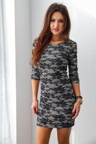 Szara sukienka mini w czarne liście