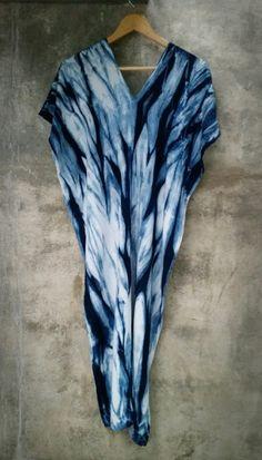 shibori indigo.100% cotton by. saruda kantawong.(ศรุดา กันทะวงค์) ออกแบบลายผ้ามัดย้อม และสอนมัดย้อมสไตล์ชิโบริ โทร.092-3969644 FB. saruda katawong.