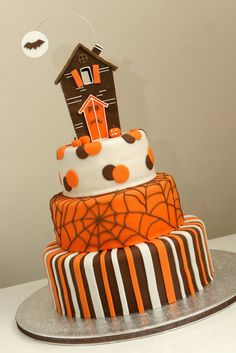 Great Halloween cake! :)