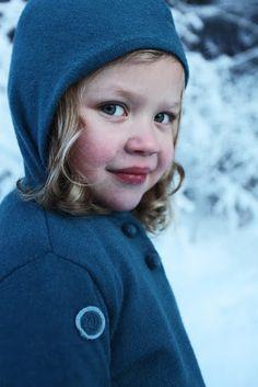 Le Petit Poucet, ou le Petit Chaperon Bleu