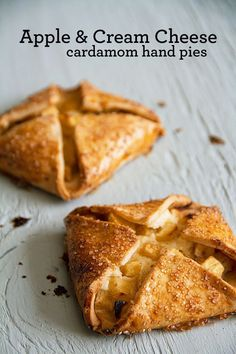 Best Apples for Baking: Apple & Cream Cheese Hand Pies - SippitySup Spiced Apples, Baked Apples, Mexican Food Recipes, New Recipes, Best Apples For Baking, Oaxaca Cheese, Thing 1, Hand Pies, A Food
