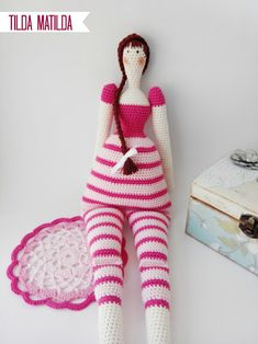 "Tilda Matilda Doll - Free Amigurumi Pattern - PDF Format - Click to ""English here"" in red letters at the end of the post here: http://pitusasypetetes.blogspot.com.es/2015/02/tilda-crochet-doll-amigurumi-free-pattern.html Also Spanish Pattern click ""Español aquí"""